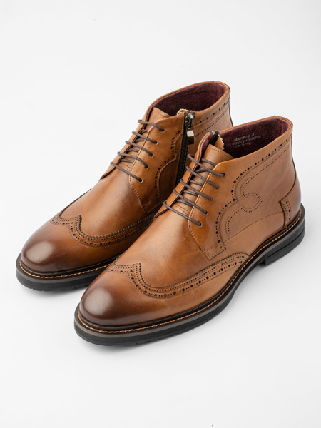 Picture of Men's leather ankle boots with side zip