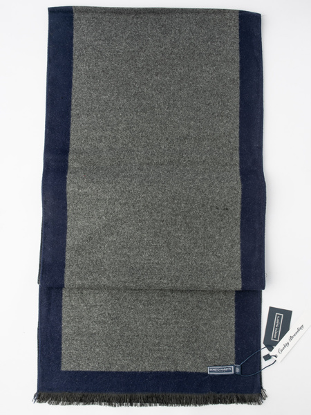 Picture of Men's soft beige scarf large check jacquard