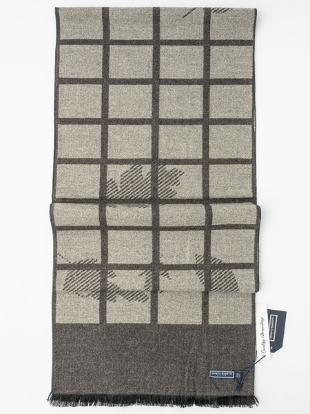 Picture of Men's grey scarf in large geometric jacquard